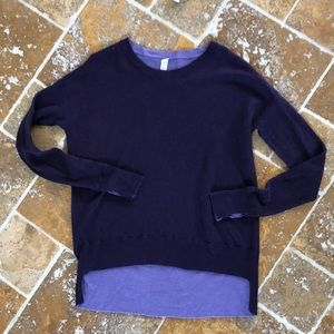 Lululemon HiLo purple sweater with thumb holes sz4